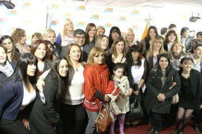 El Gobierno anunció la titularización de más de 2400 docentes interinos