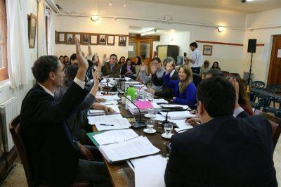 Concejales se oponen a la derogaci�n de la ley de rebajas de combustibles