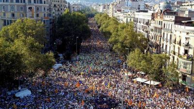 El gobierno catalán insiste con un referéndum por la independencia