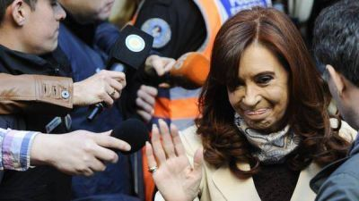 El juez Ercolini llam� a indagatoria a Cristina Kirchner y dispuso la inhibici�n de sus bienes