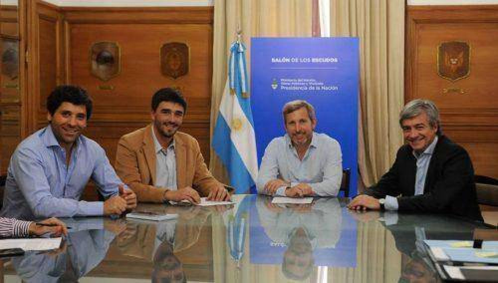 Galli firmó convenio con Frigerio