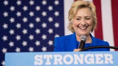 Hillary Clinton admite que escondió su neumonía a casi todo su equipo