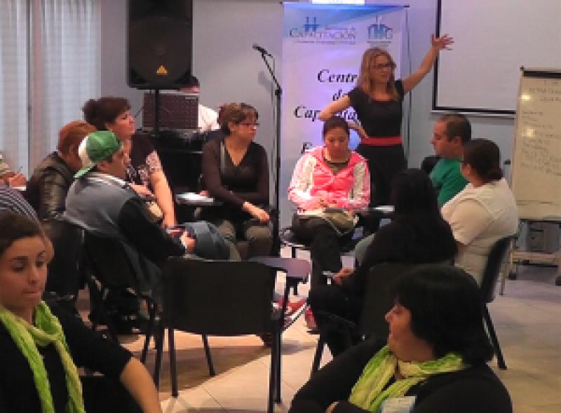 Los afiliados de UTHGRA participaron de un curso sobre la problemática psicosocial