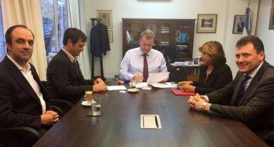 Seguridad interior: San Lorenzo, Las Rosas y Santo Tomé firmaron convenio