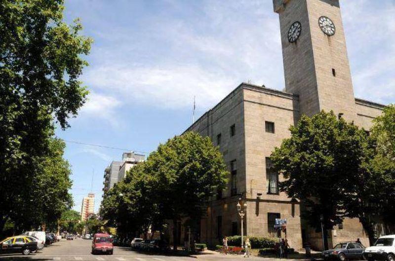Los Municipales seguir�n de paro hasta que tengan el sueldo al cobro