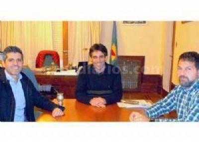 López y Domínguez Yelpo se reunieron por viviendas y la implementación de la Sube