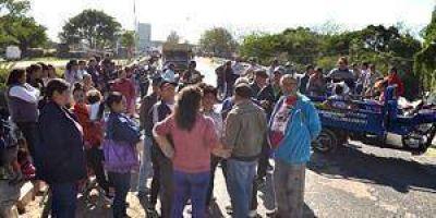 Vecinos del Porteño protestaron por agua