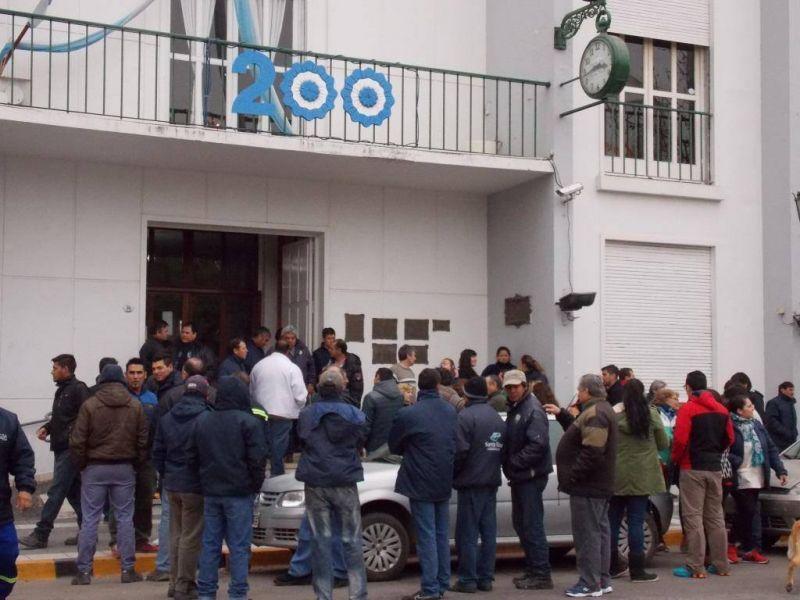 Suma fija: municipales de Santa Rosa anunciaron un paro por tiempo indeterminado
