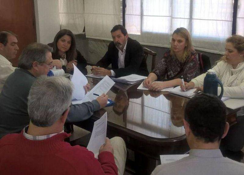 Sadop llev� el caso de la docente despedida en Santa Elena a la mesa negociadora de la ense�anza privada