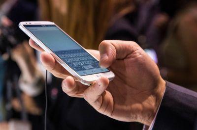 El Gobierno provincial gestiona mejoras en el servicio de telefon�a