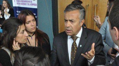 Cornejo se sumó a la polémica por la cancelación de trasplantes:
