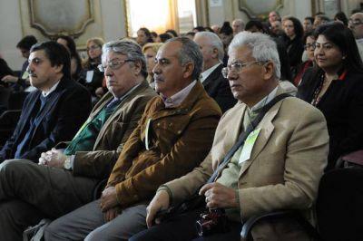 Científicos debaten en La Plata cómo frenar el cambio climático