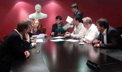 Firma de convenios de obras por $60 millones