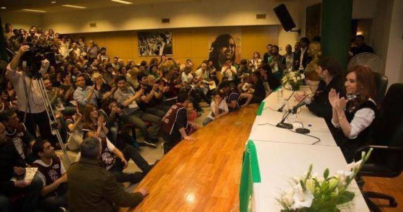 CFK visitó ATE Capital y pidió unidad gremial