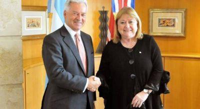 Afirman que el nuevo vuelo a Malvinas consolida el control brit�nico de las Malvinas