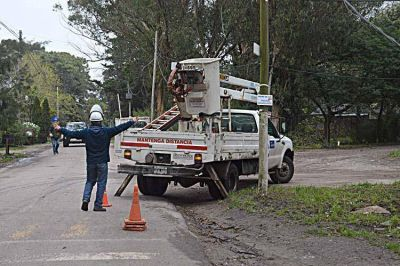 Continúan los trabajos para normalizar el servicio de agua