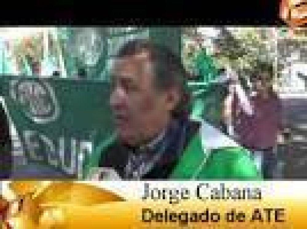 Corte de calle y protesta en la Secretaría de Educación