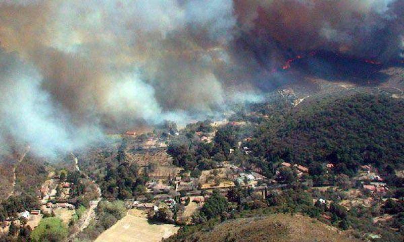 C�rdoba: el gobierno decret� la emergencia ambiental por el fuego