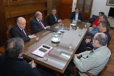 Portezuelo: firman carta de intención para que la UNLPam asesore al gobierno