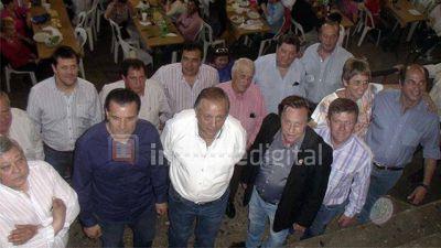 Interna UCR: llamaron a la unidad pero encabezada por López