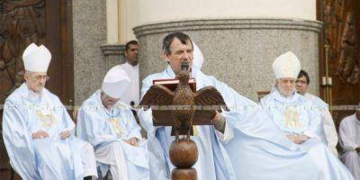 Ante una multitud, el obispo de Goya suplicó no correr tras las drogas y las adicciones �