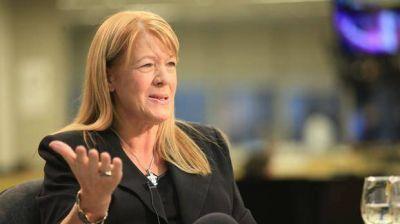 Margarita Stolbizer acusa a Cristina Kirchner de otorgarle irregularmente �reas petroleras a B�ez