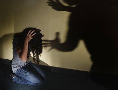 Violencia de g�nero: Hogan propone talleres curriculares en las escuelas