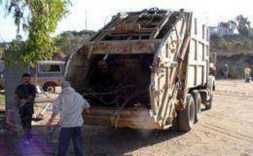 Recolectores de residuos amenazan con un paro el jueves