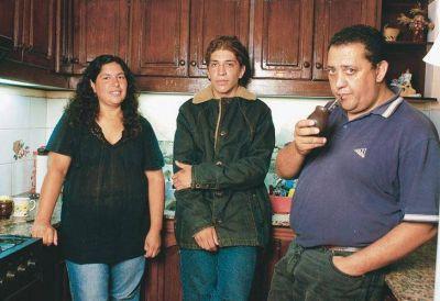 Luis D'El�a denunciar� al programa de Lanata por el informe de sus hijos