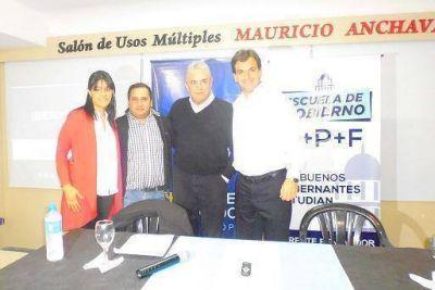 Galmarini y Linares disertaron sobre reforma pol�tica y electoral en Olivos