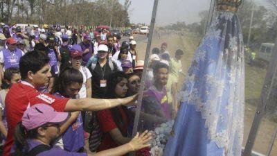 Más de 400 mil jóvenes del NEA peregrinaron para venerar a la Virgen de Itatí