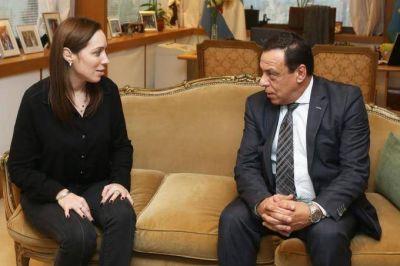 Con la foto junto a Vidal, C�ffaro busca descomprimir la crisis pol�tica local