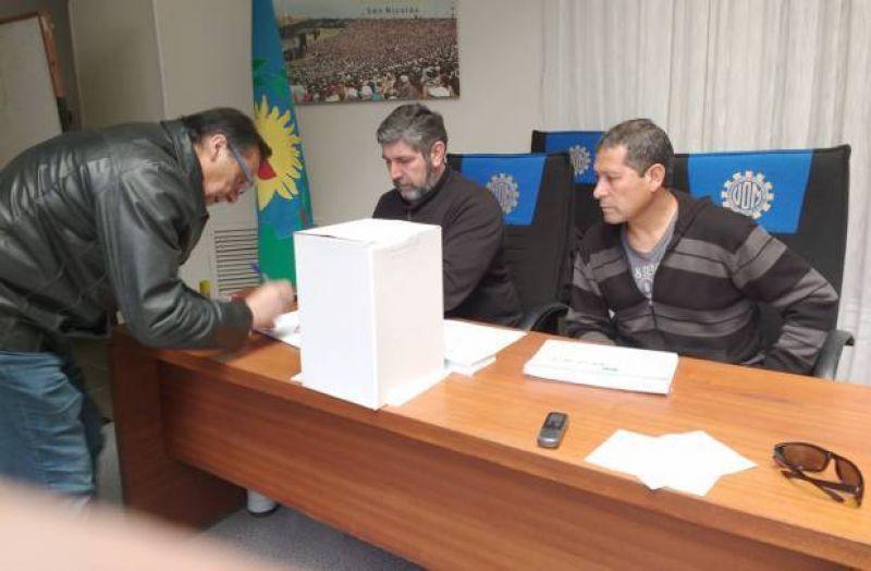 Con Brunelli encabezando la única lista, comenzaron las elecciones en la UOM San Nicolás