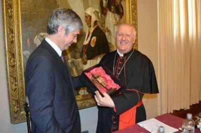 El Vaticano presente: Giuseppe Versaldi visitó la UCASAL