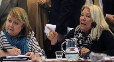 Carrió convocó una comisión en Diputados para analizar citación de Malcorra por Malvinas