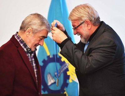 Das Neves le dijo a Linares que le pida los fondos a Martín Buzzi