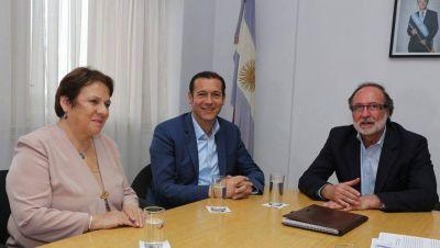 Firman convenio por 124 millones para obras en el Parque Lineal Pocahullo de San Mart�n de los Andes