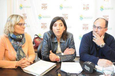 Salom�n, funcionarios municipales y autoridades de educaci�n, se reunieron con el Ministro Esteban Bullrich