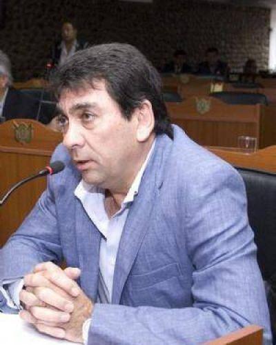 """El FCS criticó la """"incoherencia"""" del FV respecto de la minería"""
