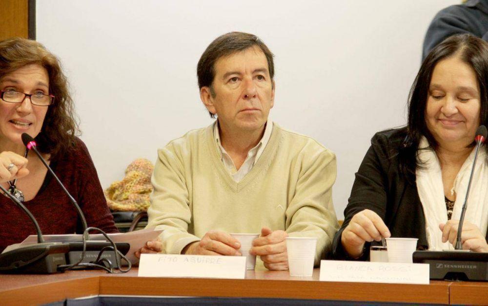 En Colombia, Fito Aguirre fue el único representante sindical por el Tratado de Paz