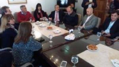 Avilés propuso crear un ente regional para proveer de agua al sur de Punilla