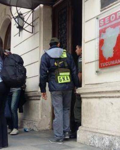 Un juez busca pruebas contra López, Alperovich y De Vido