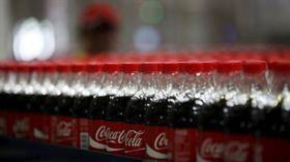 Por un conflicto sindical, podría faltar Coca-Cola
