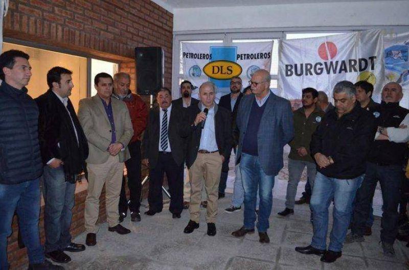 El gremio de Petroleros Jer�rquicos inaugur� su sede en Sarmiento