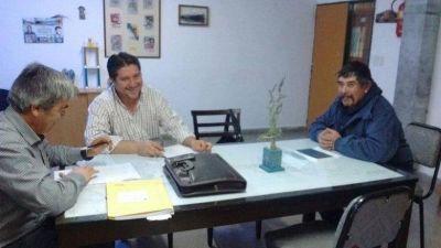 GOBERNADOR COSTA: ATE Esquel logr� 45 por ciento de incremento salarial para trabajadores municipales