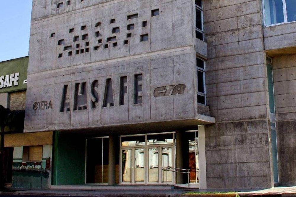 Los docentes de AMSAFE debaten mociones de paro de 24 o 48hs