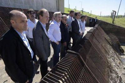 Gustavo Bordet y el ministro Rogelio Frigerio inauguraron viviendas