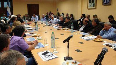 La CGT pone en suspenso el paro, a la espera de ser recibida por el Presidente