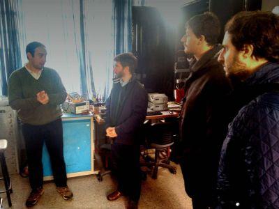 Bonifatti conoci� la experiencia de paneles solares de la facultad de ingenier�a