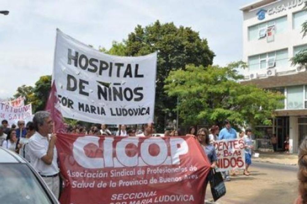 Médicos iniciaron paro de 48 horas en los hospitales bonaerenses